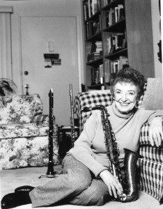 Roz-at-home-with-sax155